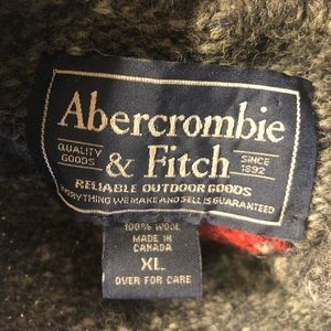 Abercrombie & Fitch 100% Wool Mock Neck Sweater